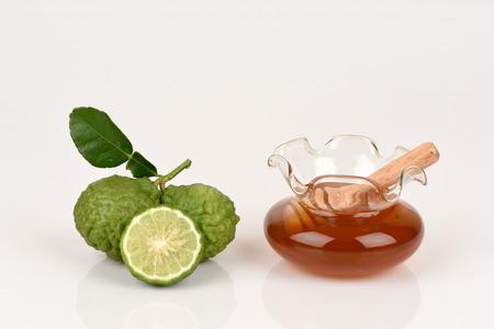 leech: Cafre cal, cal de la sanguijuela, papeda Mauricio y miel, medicinales y cuidado del cabello tratamiento.
