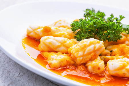 flavorsome: Stir-fried salted egg with squid
