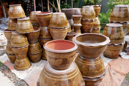 terra cotta: flowerpots, pots for gardening and plant