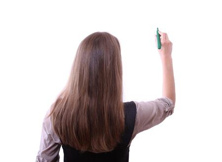 펜을 가진 젊은 여자