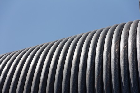 cable de acero enrollado en el carrete photo