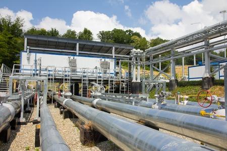 energia electrica: estaci�n de energ�a el�ctrica, en las afueras