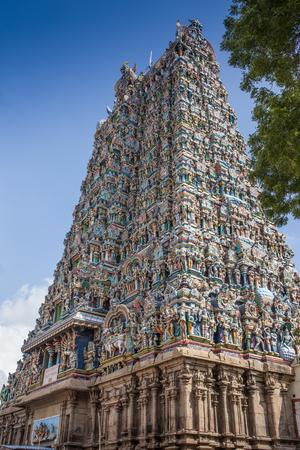 Colorful tower of Meenakshi Amman Temple in India Standard-Bild