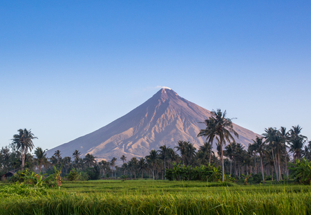 the most beautiful, Vulcano Mount Mayon in the Philippines