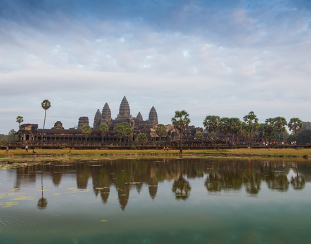 timelapse: Angkor Wat temple in Cambodia at dusk