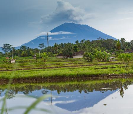 Eruption of volcano Agung in Bali island 免版税图像