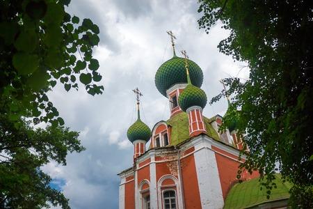 cupolas: Green cupolas of the Alexandr Nevsky church in Pereslavl-Zalessky, Russia
