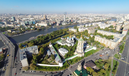 cross street: Aerial view of the Novospassky monastery in Moscow, Russia