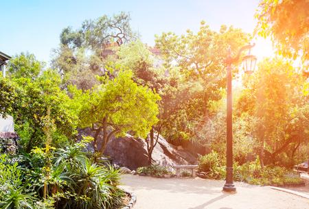 Städtischer Park Cerro Santa Lucia in der Mitte von Santiago de Chile Standard-Bild - 93961741