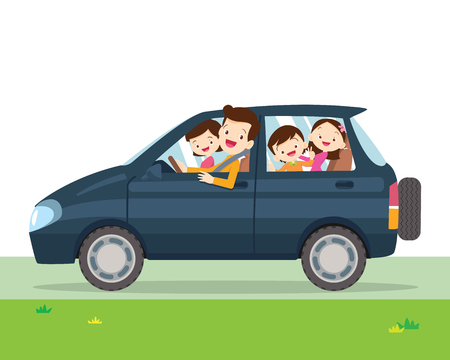 Famille voyageant Une jeune famille avec des enfants part en voyage en voiture. Les gens fixent le père, la mère et les enfants assis dans la voiture. Vecteurs