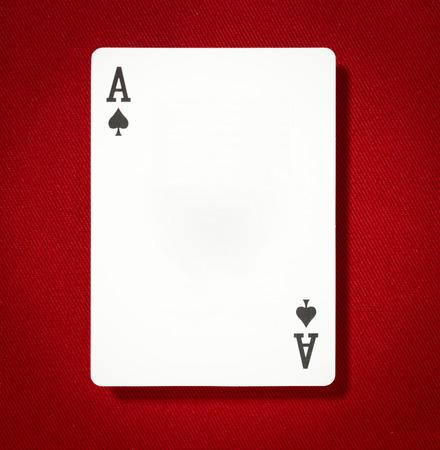 빨간색 배경에 검은 색 에이스 카드 스톡 콘텐츠 - 39723065