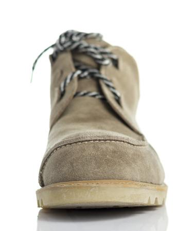 calzado de seguridad: Brown Zapatos de seguridad de cuero en el fondo de Whtie