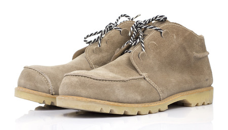 zapatos de seguridad: Brown Zapatos de seguridad de cuero en el fondo de Whtie