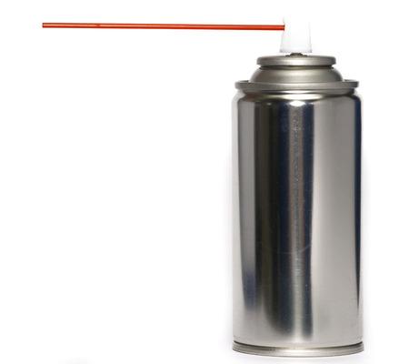 red tube: Poder de aerosol con el tubo rojo sobre fondo blanco