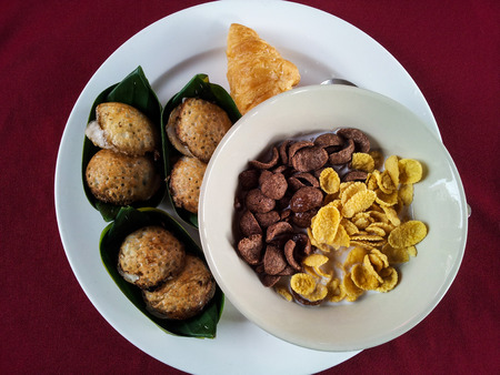 confect: Breakfast with Thai dessert and cereal
