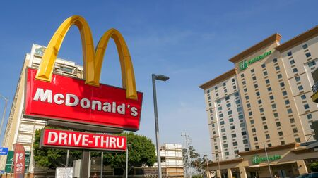 Los Angeles, CaliforniaUnited states Of America-April 6, 2018: Close up shop sign McDonalds is on the road W Century Blvd in Los Angeles. Redakční