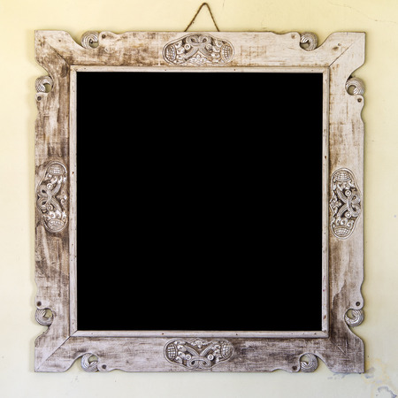 vecchia cornice: Vintage old frame on the wall