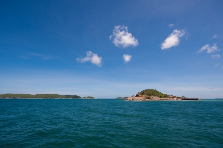Blue Sky And the Sea  In Lahn Island  PATTAYA THAILAND