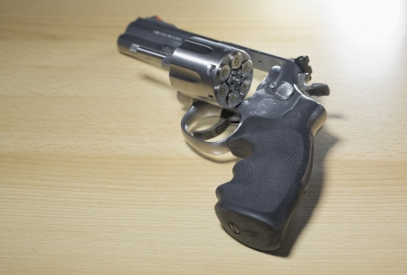 Pistole Revolver Gun Stock Photo - 17152810