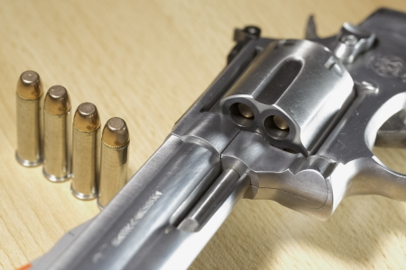 Pistole Revolver Gun Stock Photo - 17151415