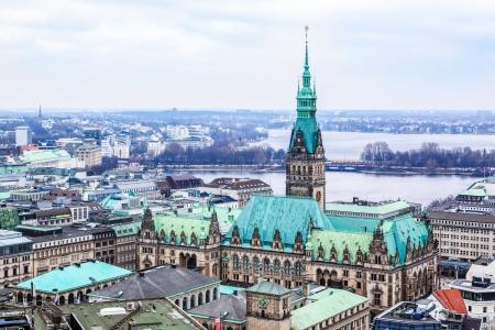 Blick über die Hansestadt Hamburg in Deutschland Standard-Bild