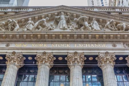 new york stock exchange: Questo � l'esterno del New York Stock Exchange a Wall