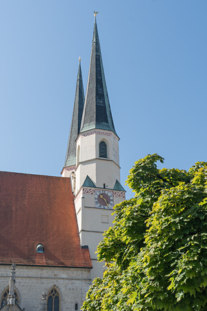 A VIEW OF THE STIFTS CHURCH IN ALTOETTING, BAVARIA, GERMANY.