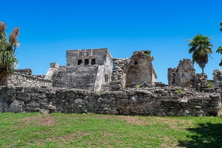 Mayan Ruins Besides Caribbean Sea. Riviera Maya, Traveling America 免版税图像