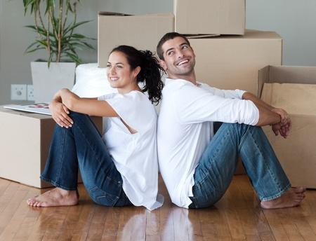 couple amoureux: Couple affectueux relaxant