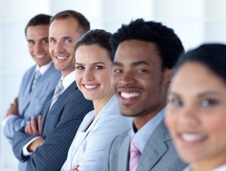 rows: Mooie zakenvrouw met haar team in een lijn Stockfoto