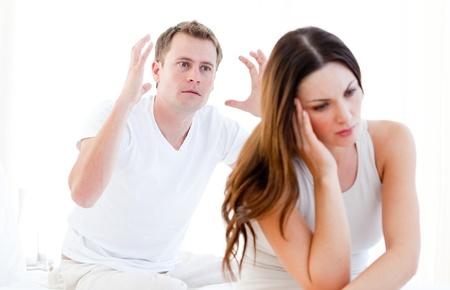 Caucasian couple argumenting Stock Photo - 10135096