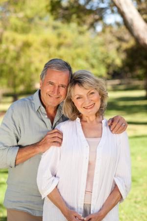 edad media: Amantes del Parque Foto de archivo
