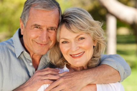retirement age: Lovers in the park