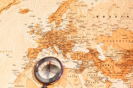mágnes: Világ térkép iránytű mutatja Eurasia Stock fotó