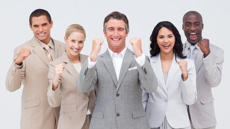 f�hrung: Leistungsstarke Business-Leute stehen und l�chelnd