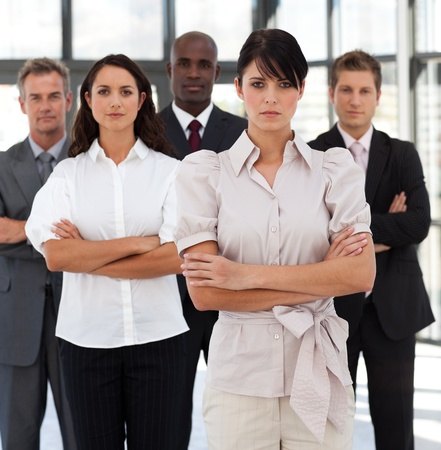 buisinessman: Portrait of self-assured business people looking at the camera