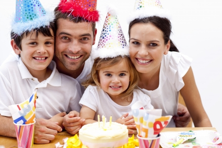 party friends: Family celebrating daughter