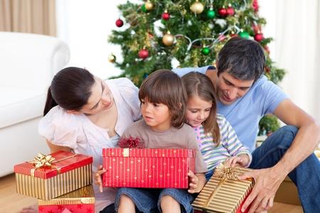 Family Christmas portrait photo