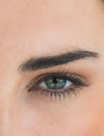 Primer plano del ojo de la mujer