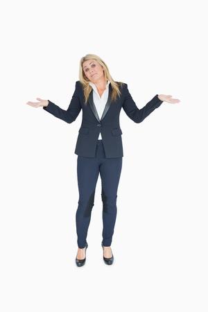 ind�cis: Femme d'affaires ind�cis sur fond blanc Banque d'images