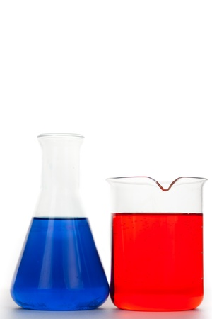 Erlenmeyer next to a beaker against a white background Stock Photo - 16198490