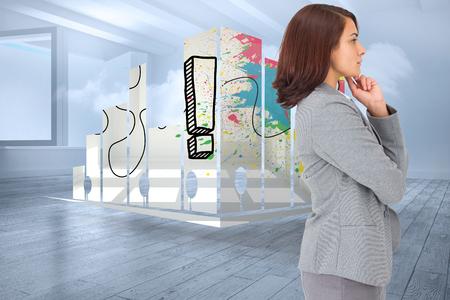holographic: Concentrandosi imprenditrice contro soggiorno con nuvole olografico