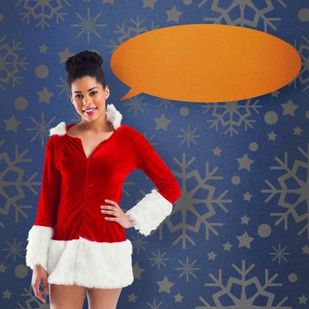 pere noel sexy: Jolie Santa Girl souriant � la cam�ra contre la vignette bleue