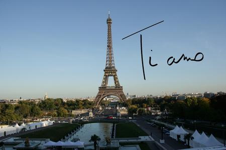 i love paris: Ti amo against eiffel tower