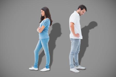not talking: Sconvolto coppia non parlano tra di loro dopo la lotta contro grigio