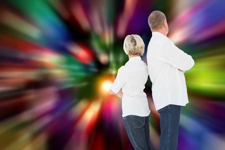 not talking: Sconvolto coppia non parlano tra di loro dopo la lotta contro le luci sfocate