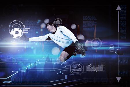 arquero de futbol: Portero contra la placa de circuito en el fondo futurista