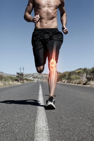 uomo rosso: digitale composito di osso ginocchio evidenziato di uomo che corre Archivio Fotografico