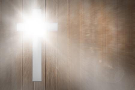 lens flare: Lens flare contro tavole di legno Archivio Fotografico