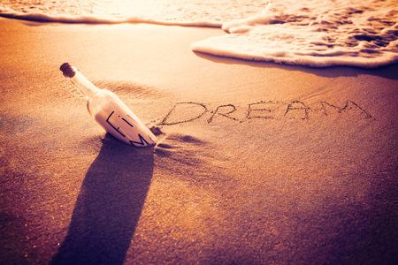 Iscrizione Del 2014 Sulla Sabbia In Spiaggia Foto Royalty Free ...